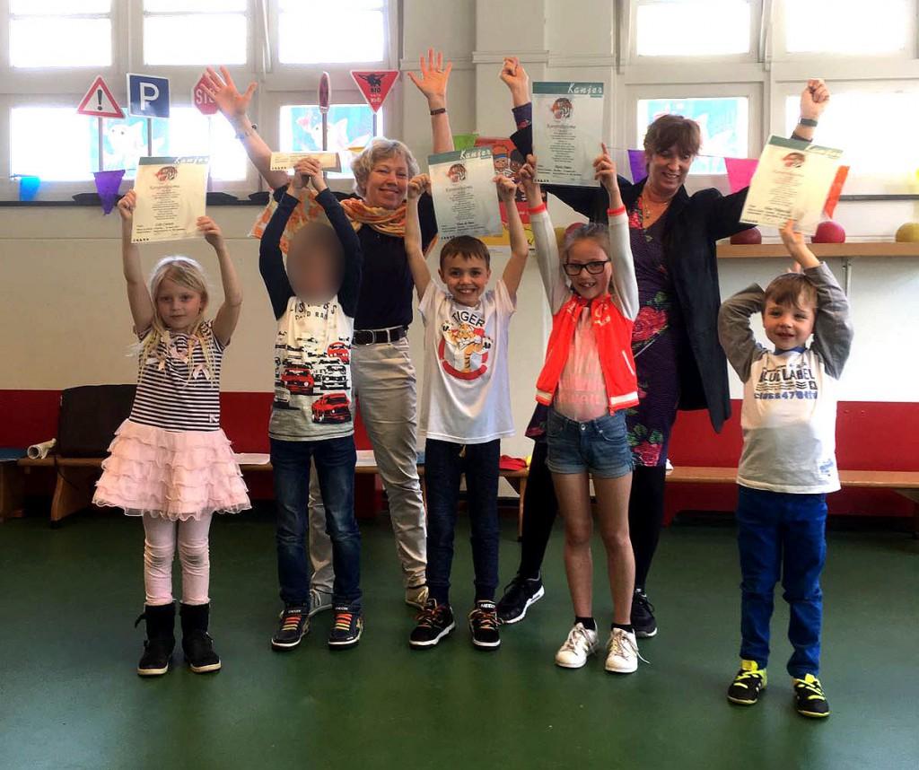 Op vrijdag 31 maart kregen deze kinderen met een leeftijd tussen 5 en 8 jaar in Haarlem-Noord hun Kanjerdiploma!