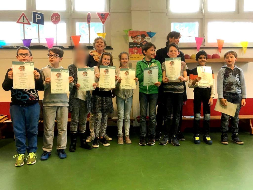 In Haarlem-Oost legden deze kinderen met een leeftijd tussen 8 en 11 jaar alle Kanjertestjes goed af op 31 maart. Ook zij kregen een Kanjerdiploma!